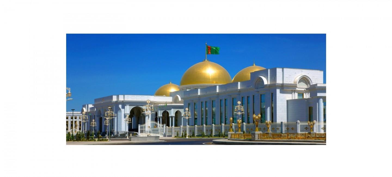 Туркменский лидер пригласил Премьер-министра Японии принять участие в открытии газотурбинной электростанции в Лебапском велаяте