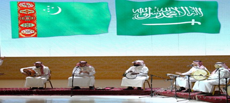 Türkmenistanda Saud Arabystany Patyşalygynyň Medeniýet günleri açyldy